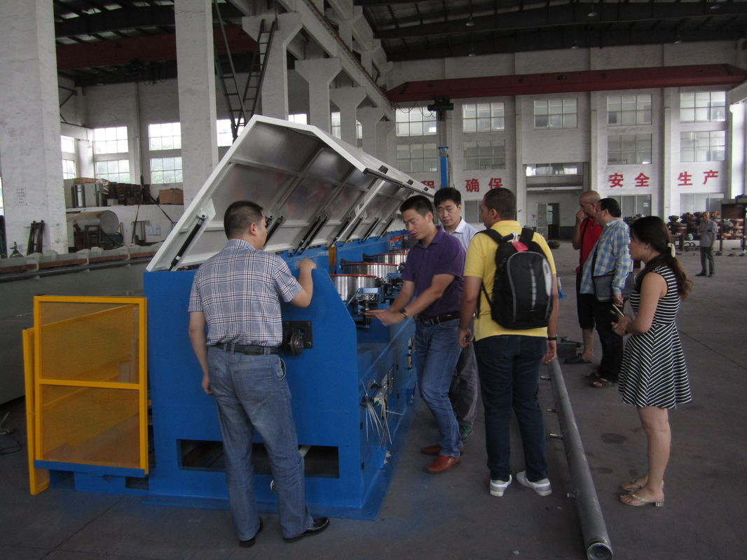 Straight Line Continuous Wire Rod Drawing Machine , Ironed Cast Copper Wire Making Machine